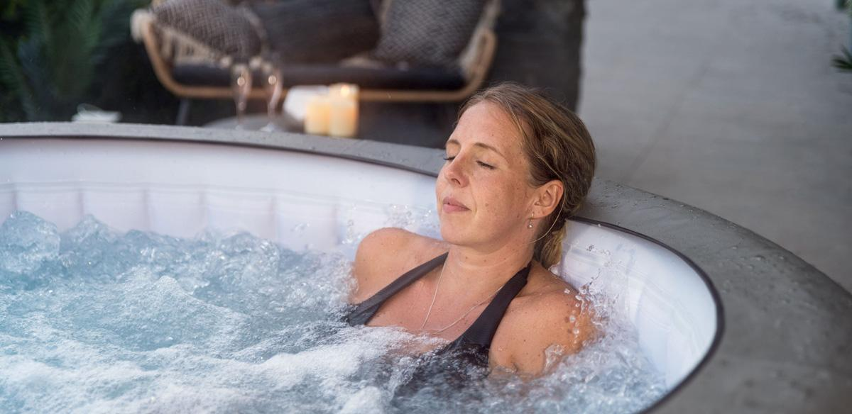 3 Reasons Why You Need To Add A Hot Tub To Your Daily Routine