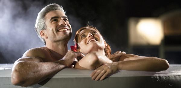 5 Ways A Hot Tub Can Improve Your Autumn