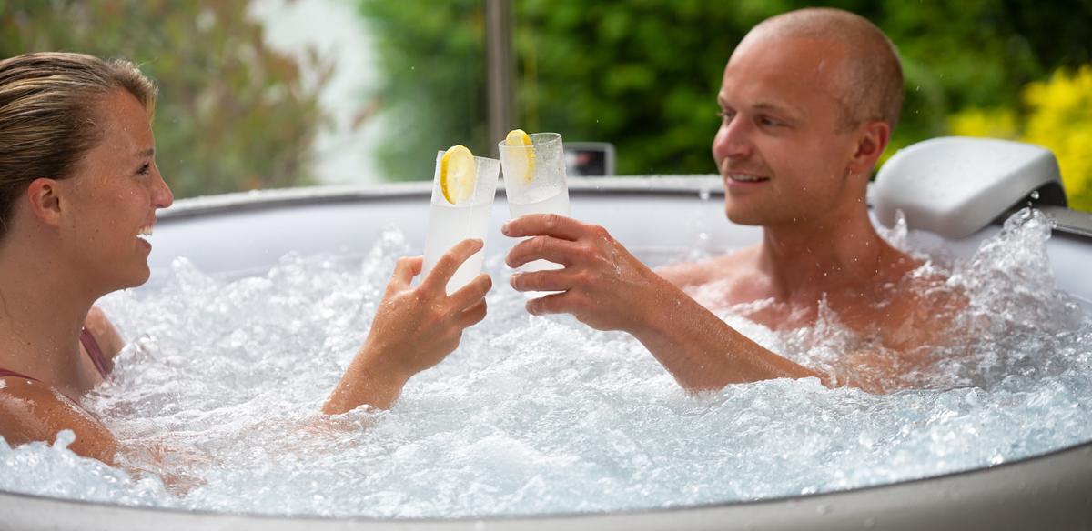 Hot Tub Summer Drinks: Lay-Z-Spa Mocktails