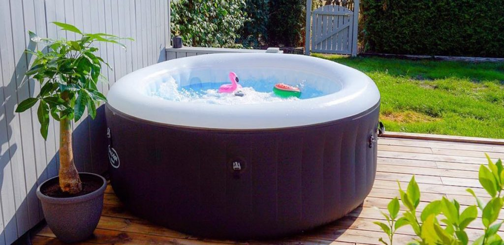 Using your hot tub in Spring and Summer