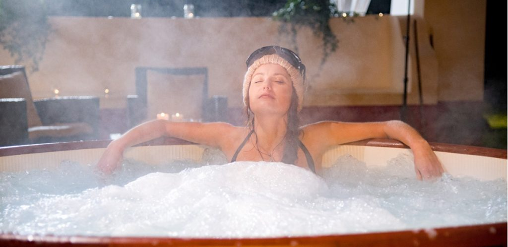 Enjoy your hot tub in winter!