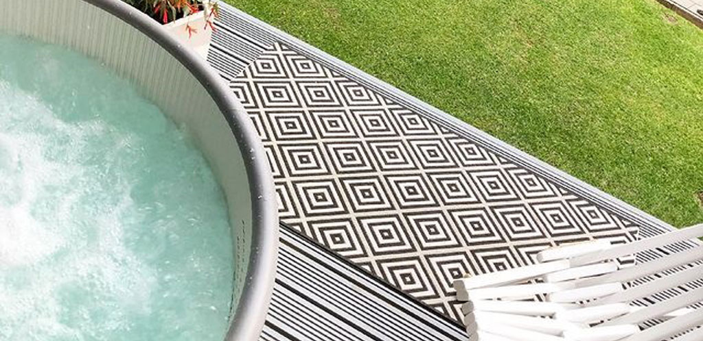 Which is the best hot tub for small gardens? Lay-Z-Spa has some of the best hot tubs for a small garden with a huge range to choose from.