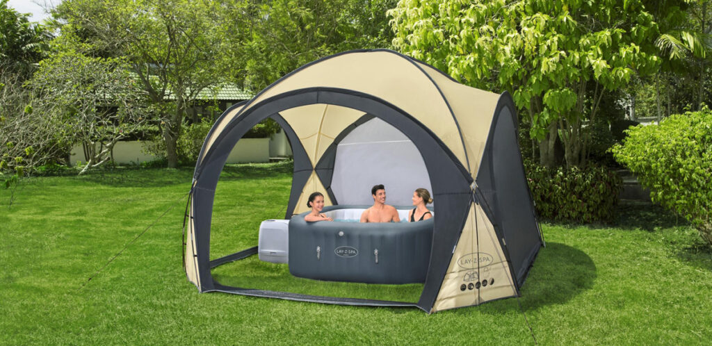 The spacious Lay-Z-Spa gazebo dome is great for shading in the summer and protection from rain in the winter.