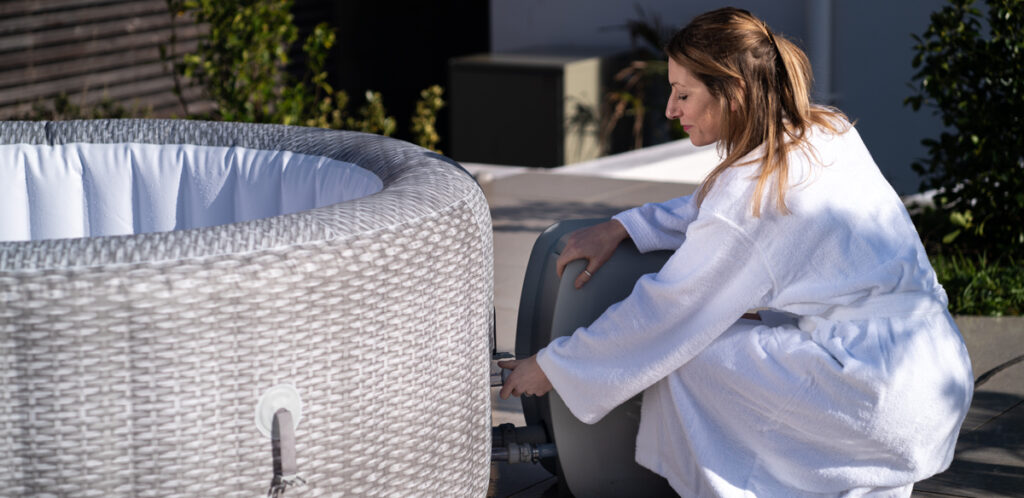 Lay-Z-Spa guide on how to pack away an inflatable hot tub for winter.