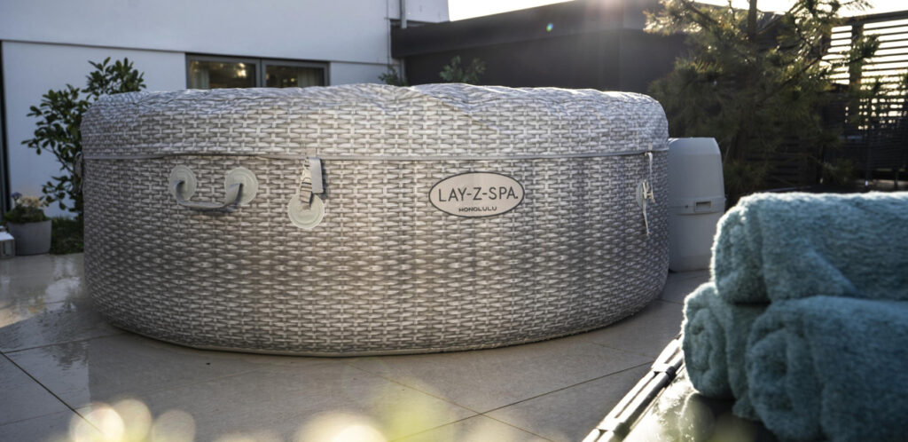 lazy spa hot tubs ready for autumn and winter with the insulating inflatable lid and to cover to protect your hot tub.
